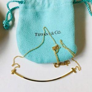 Tiffany & Co. T 18K YG Smile Pendant Necklace 3.8g